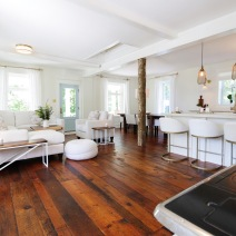 Reclaimed Original Face Pine Sittingroom